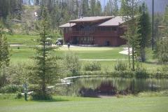 Club House 18 pond